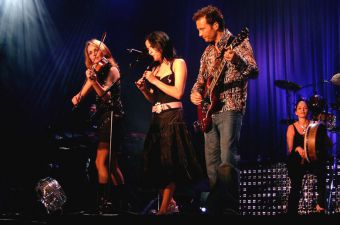 The Corrs - Portugal 2004