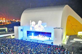 The Oscar Niemeyer International Cultural Centre inauguration with Woody Allen